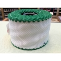 Лента, цвят - бял със зелен кант