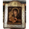 Мадона Троеручица, с рамка